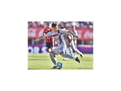 Boca y Argentinos lideran, San Lorenzo se recupera