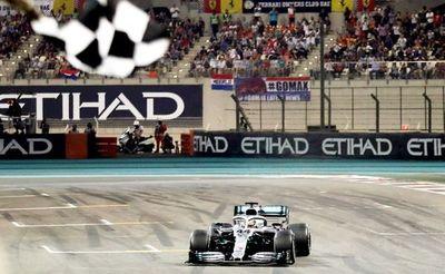 Hamilton cierra el año con otro triunfo
