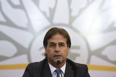 Presidente de Uruguay evalúa apoyar a Almagro en OEA y flexibilizar Mercosur