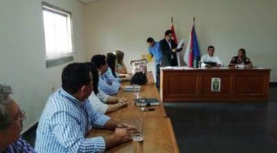 Concejales departamentales siguen especulando sobre transferencia de terreno