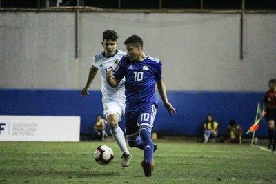 Paraguay avanza a semis gracias a un empate