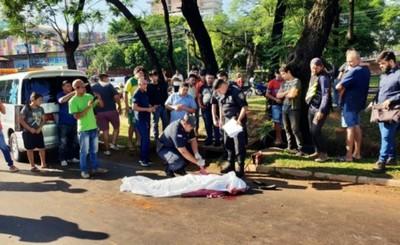 Mujer muere arrollada por un camión en el Km 3,5