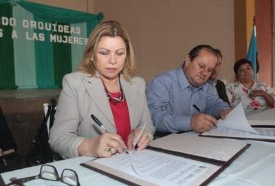 HOY / Piden a ministra desactivar   escudo legal que impide los  escraches contra su gestión