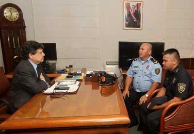 Ministro brinda respaldo total a suboficiales agredidos por Payo