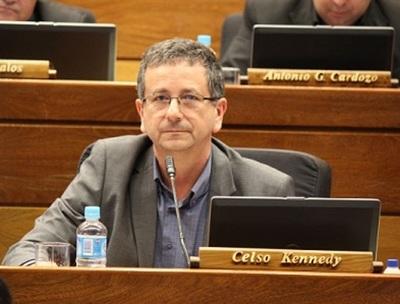 "Diputado ""revive"" proyecto de pérdida de investidura de Ulises Quintana"