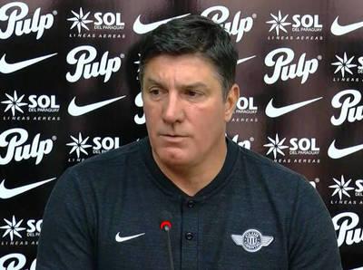 José Chamot espera premiar a sus jugadores con la Copa Paraguay