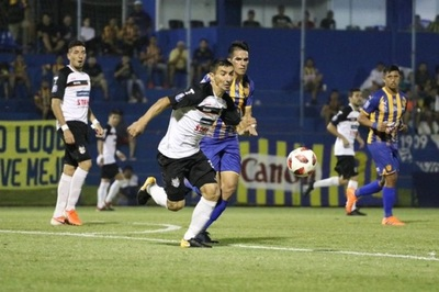 Gral. Díaz golea a Sportivo Luqueño