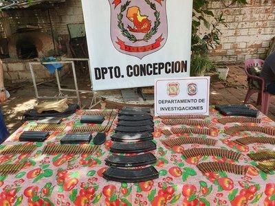 Policía incauta armas, municiones y cargadores en una vivienda