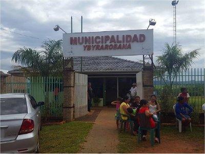 Hija de intendente de Ybyrarobaná sufre asalto al salir del banco