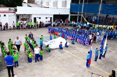 Nihon Gakko realiza exhibición gimnástica infantil