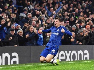 Chelsea y Leicester se lo creen