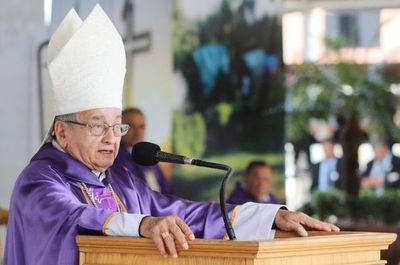 Otaky Justicia  rehe monseñor Mario Melanio Medina