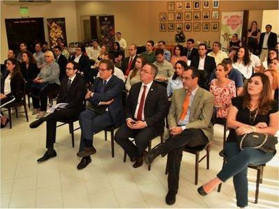 Ecuador explora el mercado paraguayo para hacer negocios