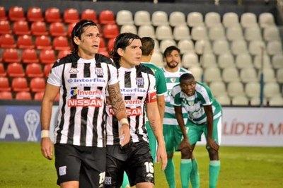¿Fidencio Oviedo volverá a jugar en el exterior?