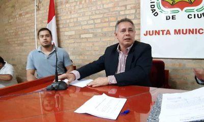 Nery Chávez asume presidencia y formalizan   golpe contra zacariistas en la Junta Municipal