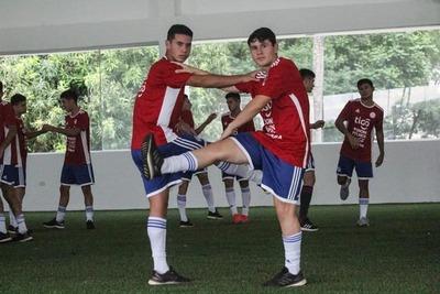 Paraguay enfrenta a Brasil con el deseo de llegar a la final