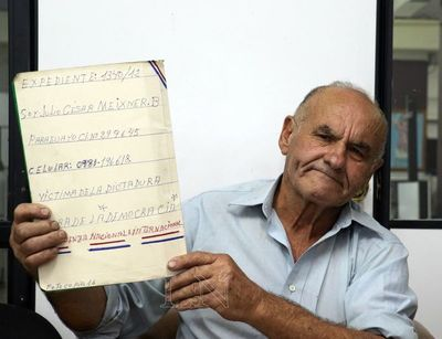 Denunció que fue víctima de la dictadura y tras papeleos, le niegan indemnización