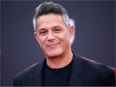 """Alejandro Sanz descubre nuevos """"alicientes"""" al escenario y anuncia nueva gira"""