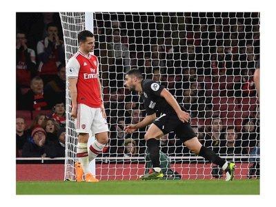 El Arsenal tampoco levanta cabeza sin Emery