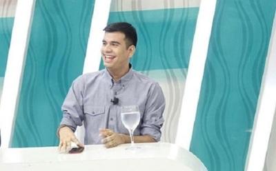 "Sebas Rodríguez confesó que le ""aburrió"" la histeria de un cantante"