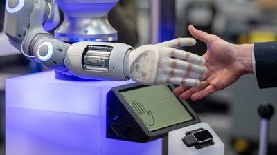 Niñas buscan con la robótica ideas contra el cambio climático
