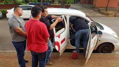 Detenidos por hacer delivery de cocaína en vehículo de Claro