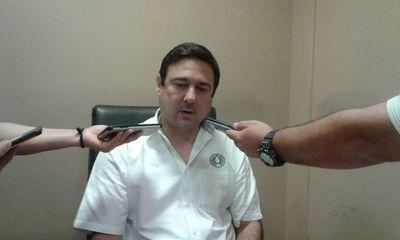 Antonio Buzarquis, a favor de la intervención de Municipio de Lambaré