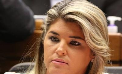 HOY / Narváez cuestiona que rajaron a Tarragó por ser mujer