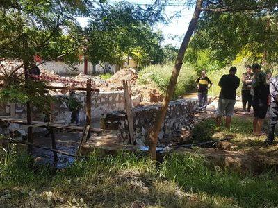 Barrio Fátima: Gobernación construye un puente que en realidad es un adefesio