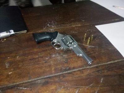 Linces detuvieron a un hombre armado en el Bañado sur