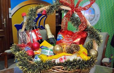 Fin de Año: entes públicos no podrán gastar en canastas, regalos, tarjetas ni comilonas