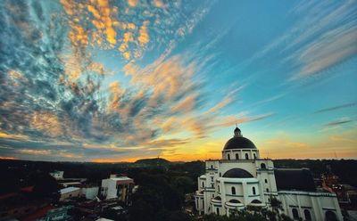 El Mirador de la Basílica de Caacupé recibe a fieles