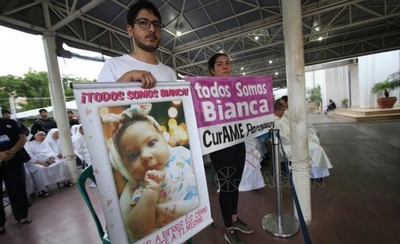 """HOY / """"El Gobierno ya no nos dará tratamiento"""": el emotivo mensaje por Bianca en Caacupé"""