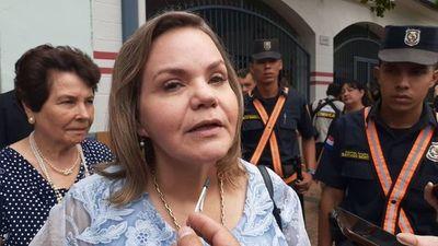 """Lilian Samaniego: """"Vengo para hacer autocrítica"""""""