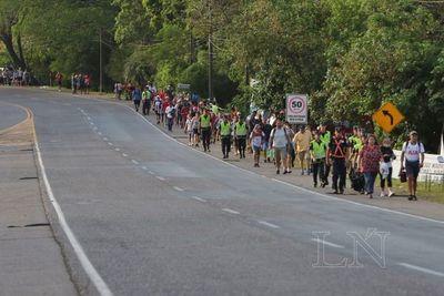Dengue: realizaron mingas y entregaron folletos a peregrinos en fiesta mariana