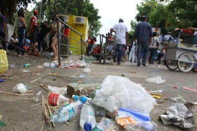 Caacupé: 1.500.000 peregrinantes y 850 toneladas de basura