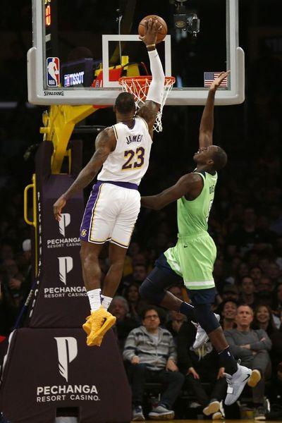 Lakers recuperan mejor marca