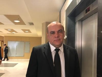 El problema de Mario Abdo es su gabinete, según diputado