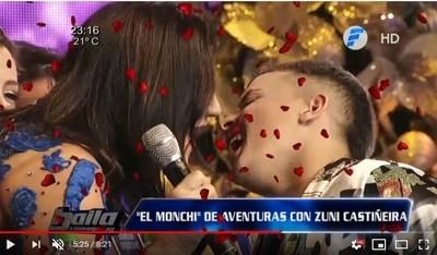 """El """"chupón"""" entre Zuni Castiñeira y """"El Monchi"""""""