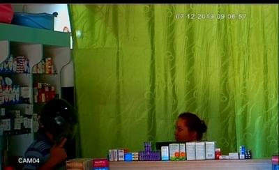 Motochorros asaltan farmacia en CDE