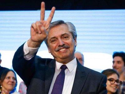 Alberto Fernández enfrenta desde hoy el desafío de levantar a la Argentina