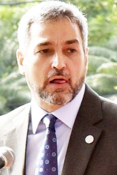 Abdo acepta las críticas en homilía