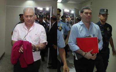 Ramón González Daher y su hijo insisten en quedar libres