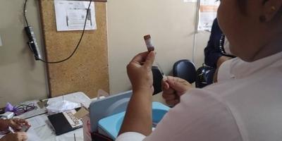HOY / Dosis contra la fiebre amarilla debe aplicarse de 15 antes de viajar: exigencia vigente para ingreso y salida del Brasil