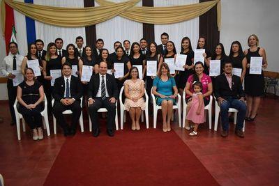 Egresan 31 nuevos profesionales en Santa Rosa
