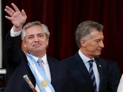 Alberto Fernández presentaría hoy su plan para afrontar la crisis en Argentina