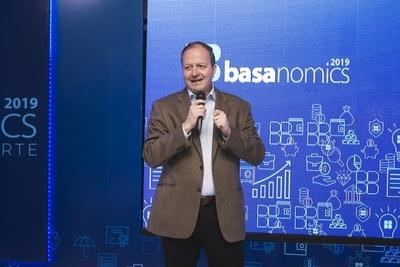 Basanomics: Hay señales alentadoras y se espera un 2020 mejor en lo económico