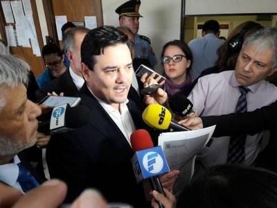 """Buzarquis: """"Hay temas que la Fiscalía no quiere investigar, por eso interviene Estados Unidos"""""""