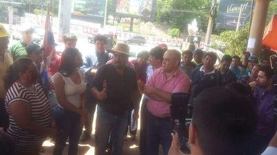 Diputados verifican denuncias de corrupción en Municipalidad de Lambaré