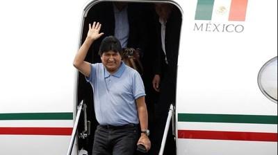 Evo Morales llegó a Argentina y se quedará como refugiado